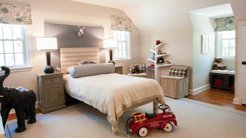Kinderzimmer für Jungs Ideen Kinderspielzeuge als Dekoration