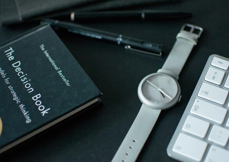 Quarz Armbanduhr Schweizer Uhren Objest elegantes Uhrendesign