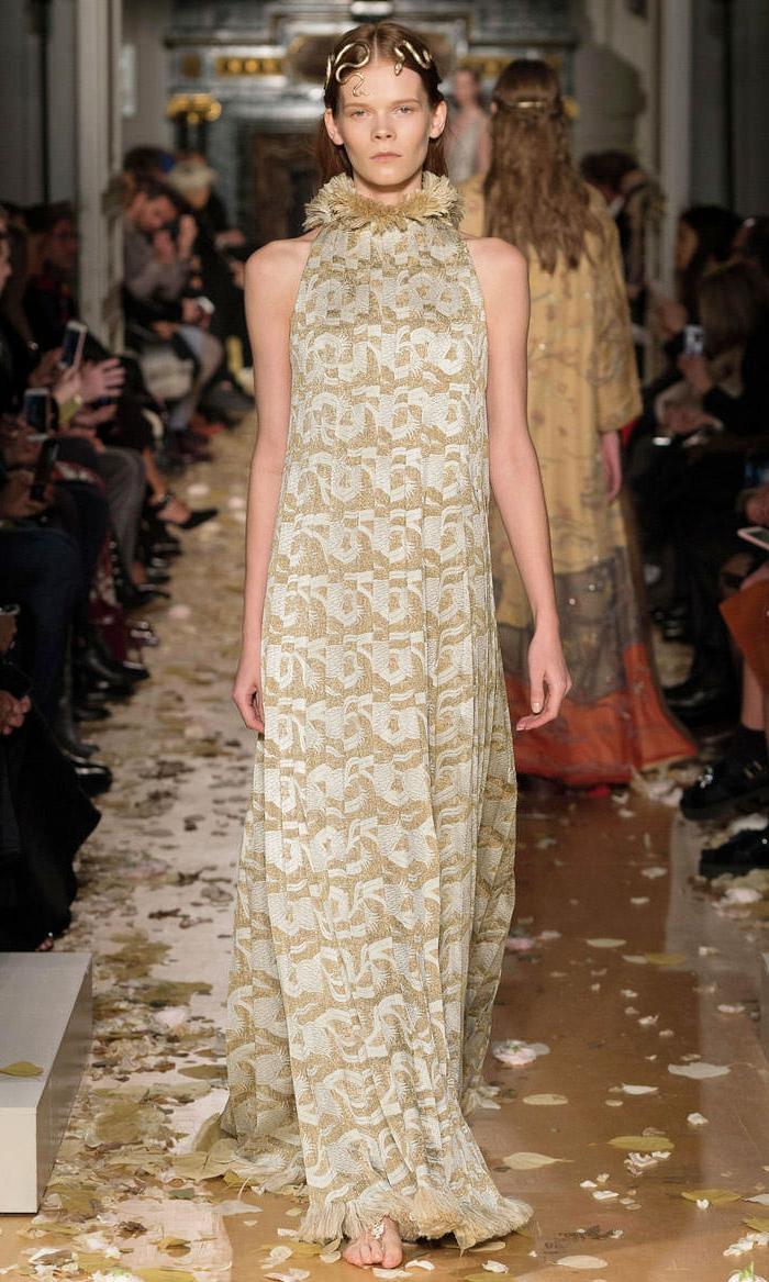 abendkleider lang beige cocktailkleid sommerkollektion 2016 haute couture valentino
