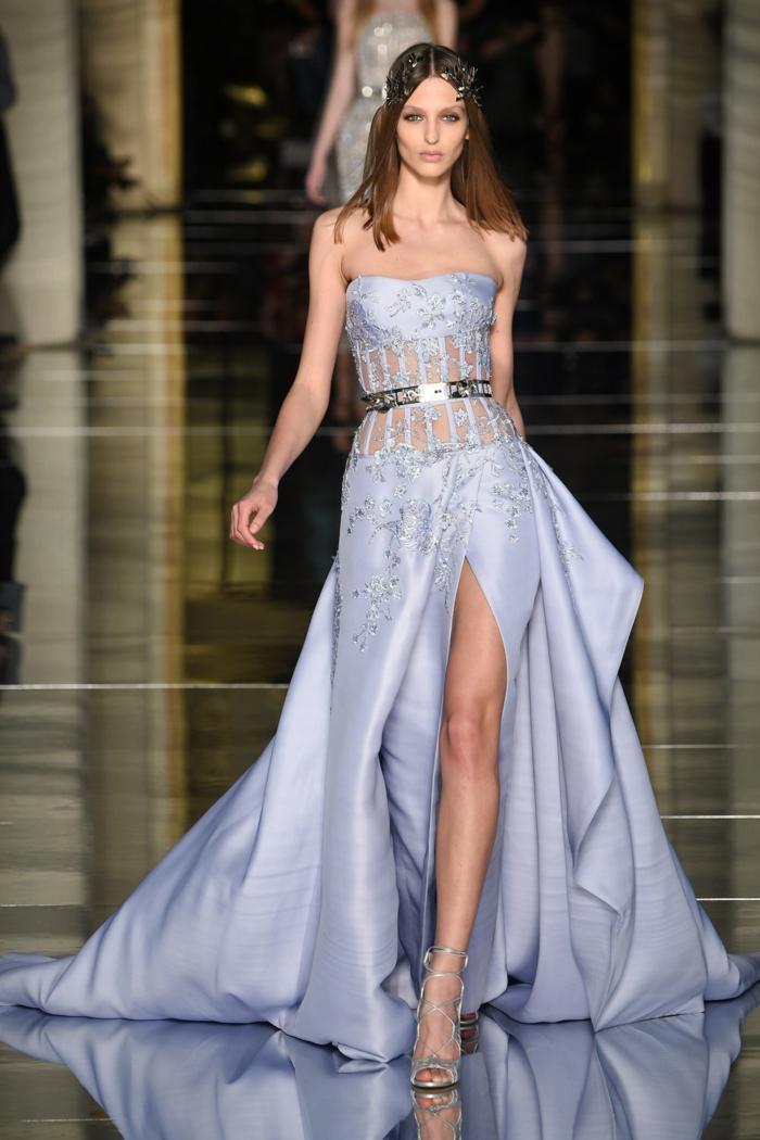 abendkleider lang lila stickereien satin schlitz sommer haute couture zuhair murad