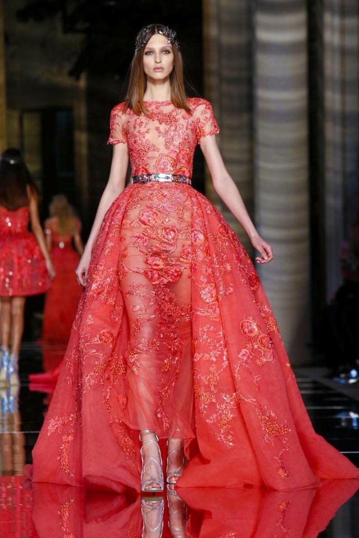 abendkleider lang rot spitze blumenmuster haute couture sommer kollektion 2016 zuhair murad