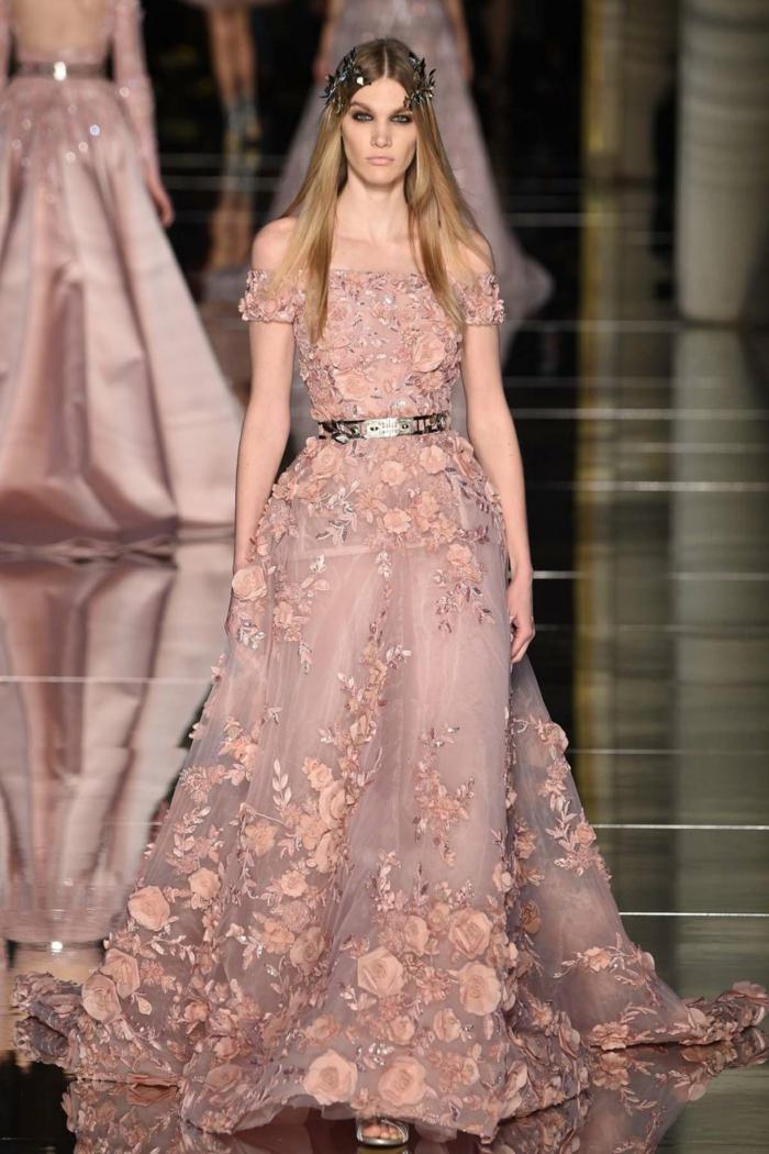 abendkleider nude rosa blumenmuster altrosa farbe sommerkollektion 2016 zuhair murad
