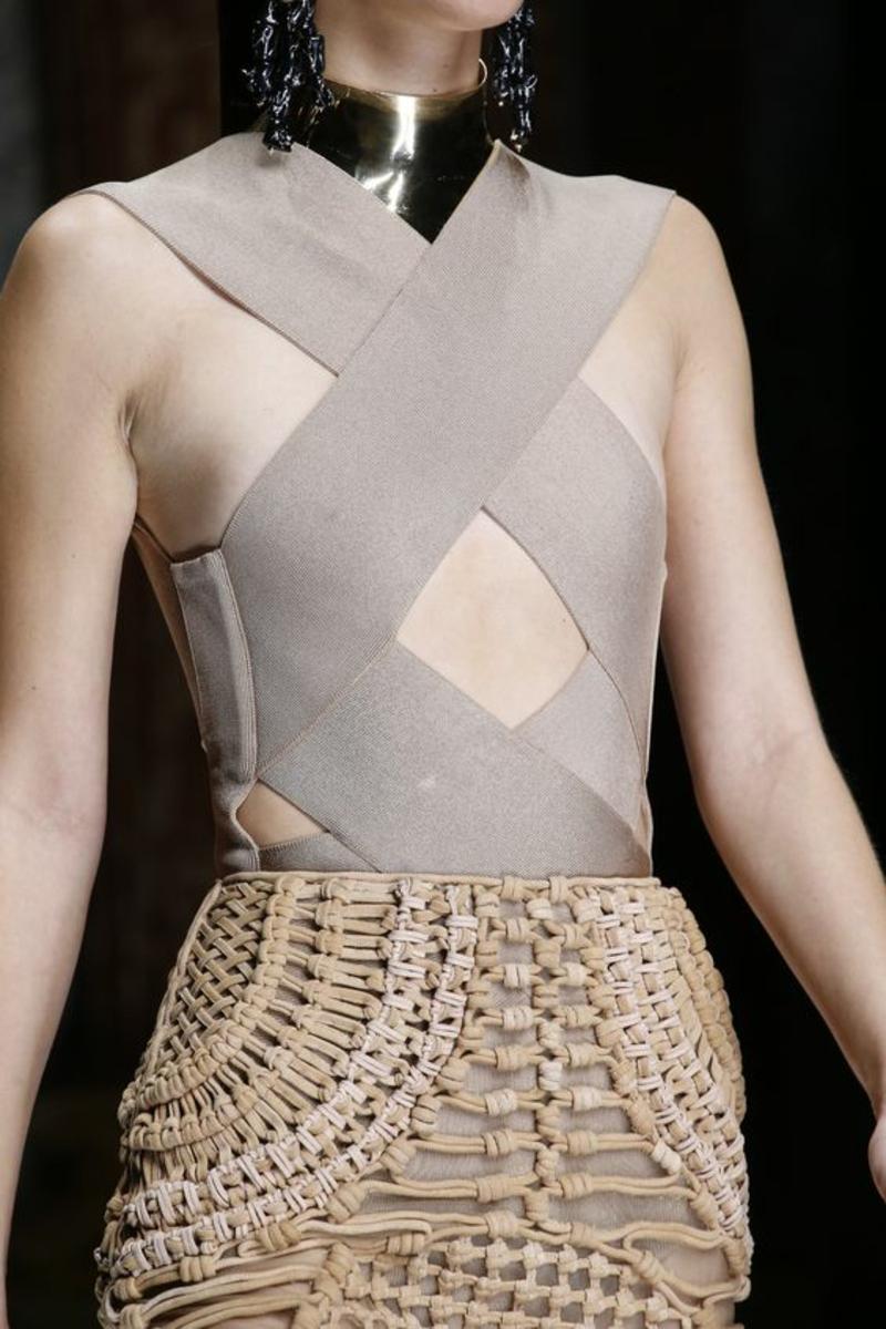aktuelle Modetrends 2016 Farbtrends Beige Balmain Kollektion