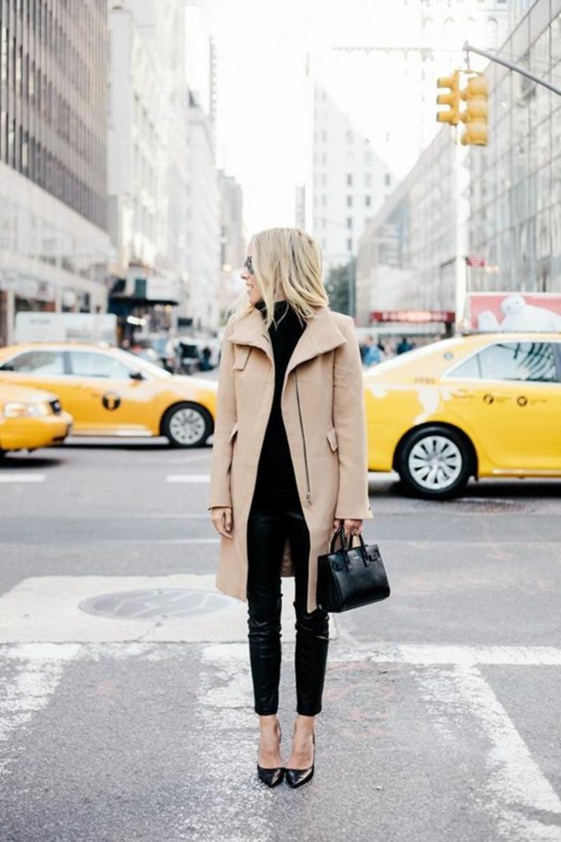 aktuelle Modetrends 2016 Farbtrends beige Wintermantel Damen