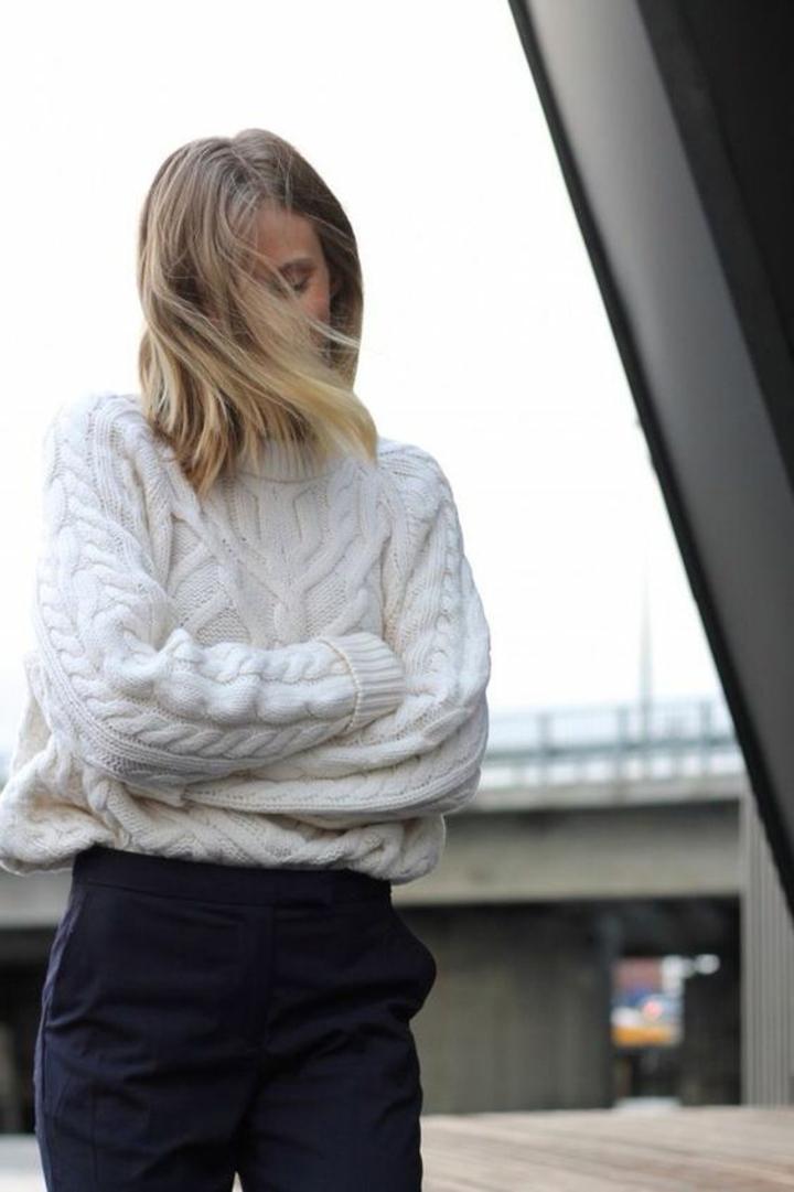 aktuelle Modetrends 2016 Strickmode Damenpullover weiß