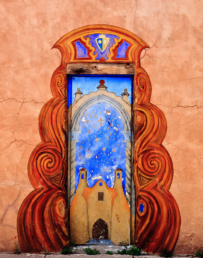 alte Haustüren bunt bemalen DIY Ideen