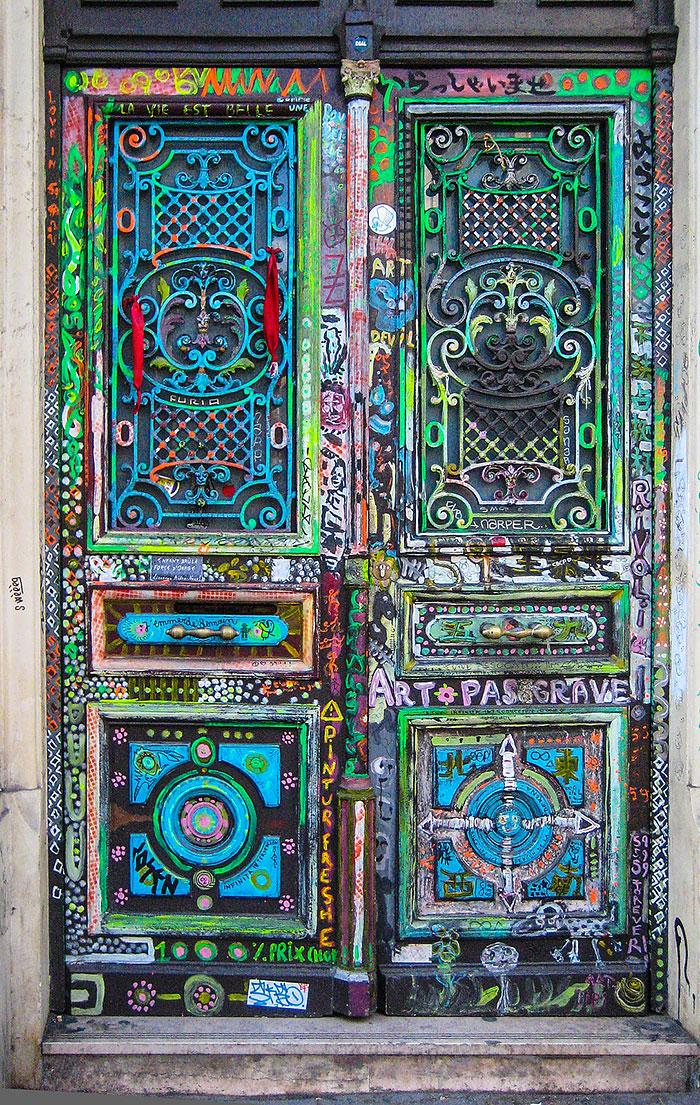 alte Haustüren bunt bemalen kreative Ideen zum selber machen