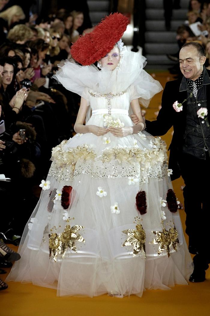 ausgefallene brautkleider haute couture christian lacroix
