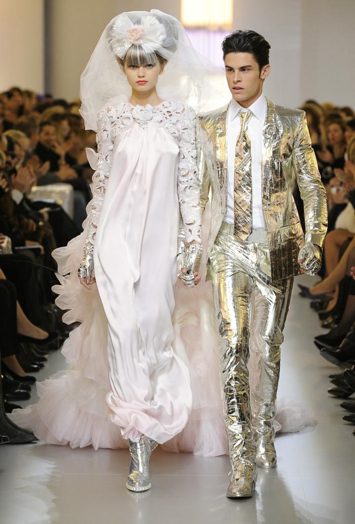 20 Ausgefallene Brautkleider für Ihren coolen Hochzeits-Look