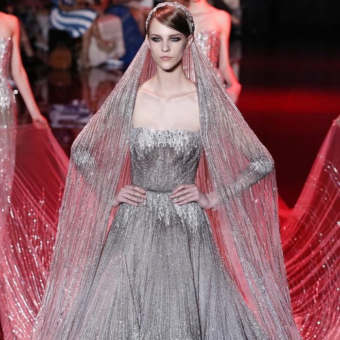 ... haute couture elie saab 2013 kollektion hochzeitskleid silber tüll