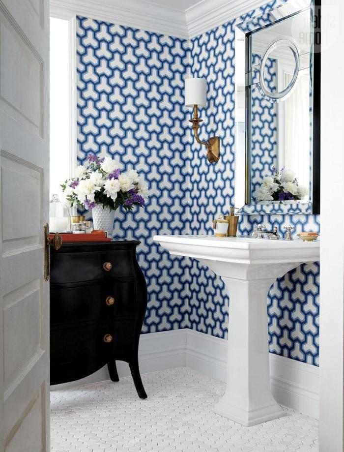 Die badezimmerwände kreativ gestalten