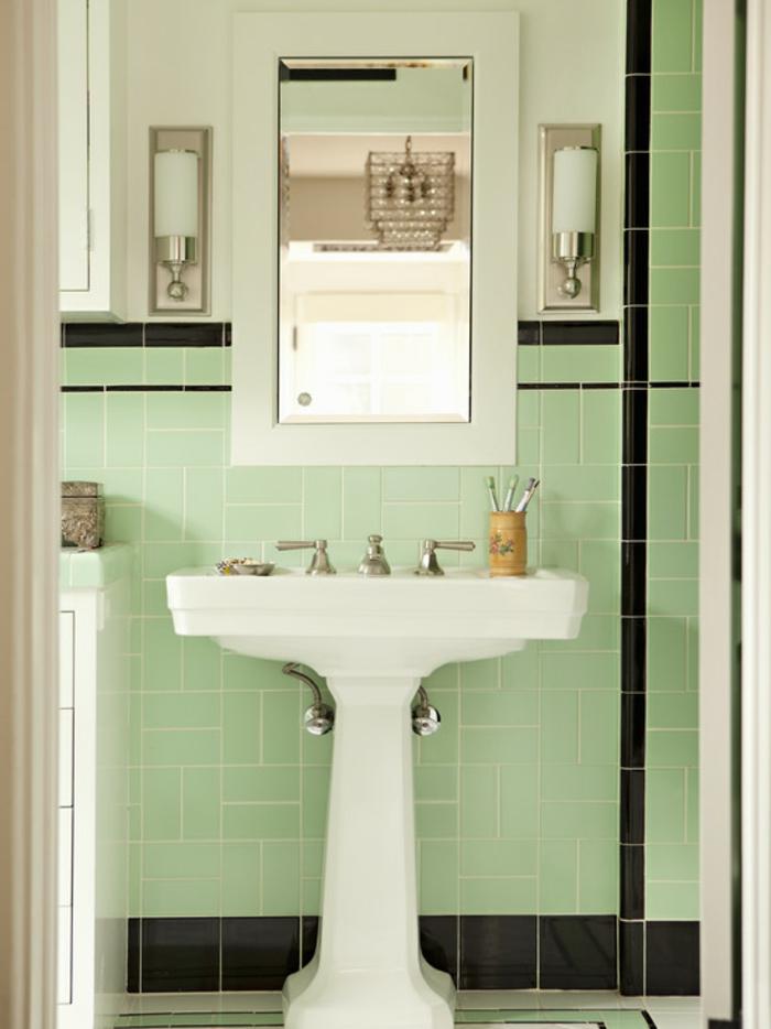 badideen grüne badezimmerfliesen wandspiegel