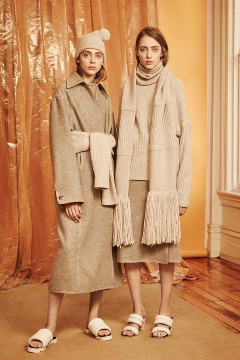 beige Kleider Trendfarben aktuelle Modetrends 2016 Strickmode