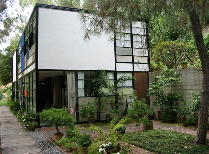 berühmte architekten Charles und Ray Eames ferienhaus eames house californien