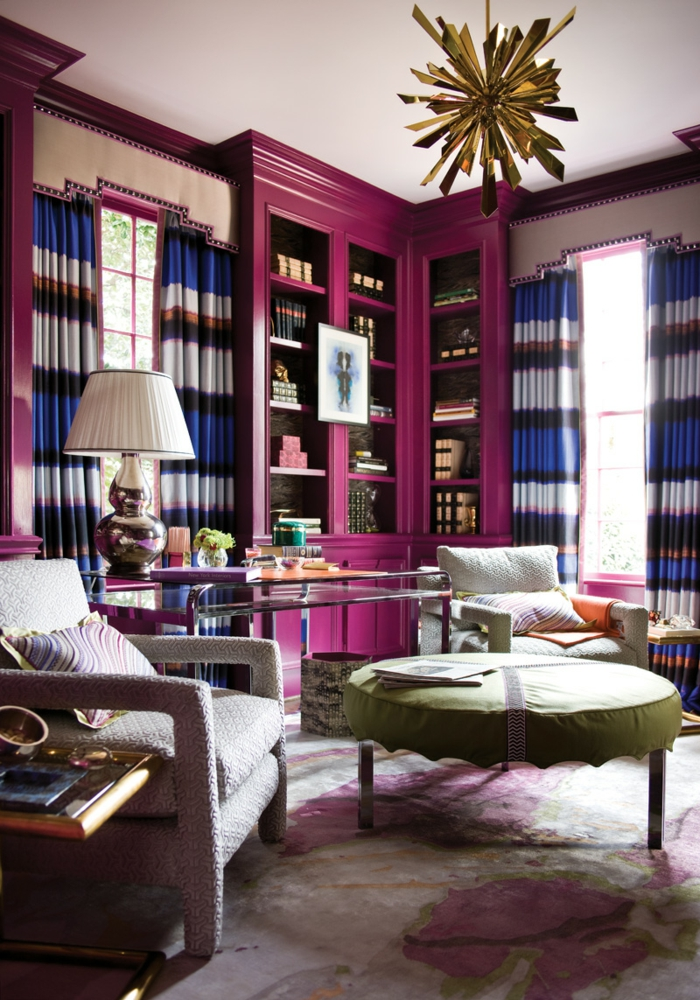 deko ideen wohnzimmer lila möbel lange gardinen eleganter teppich