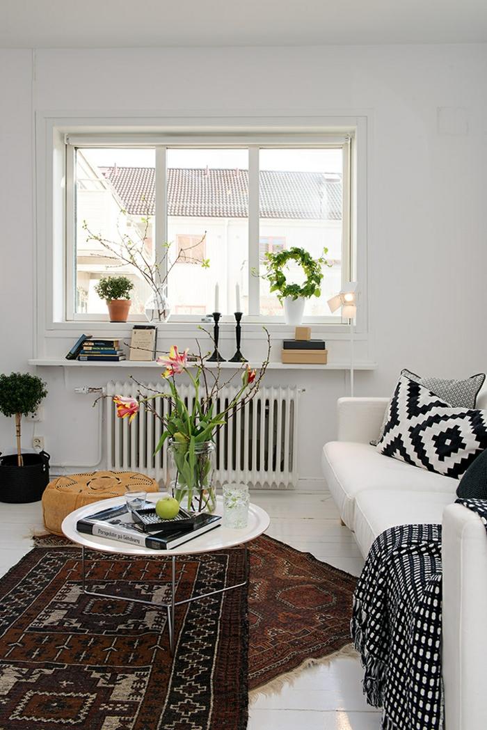 deko ideen wohnzimmer teppichläufer blumen weiße wände pflanzen