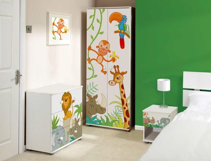 design kleiderschrank kinderzimmer kindermöbel lustig farbig grüne akzentwand