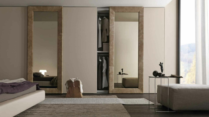 design kleiderschrank spiegel wohnideen schlafzimmer beistelltisch hocker