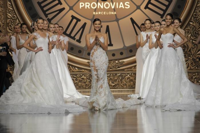 designer brautkleider hochzeitskleid pronovias fashion show 2016