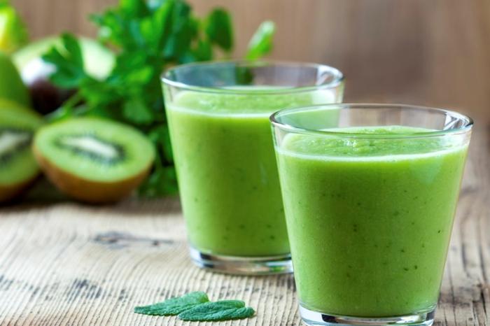 detox kur gesund abnehmen leckere smoothies grün kiwi