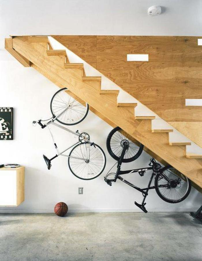 einrichtungsideen kreative wohnideen stauraum fahrrad treppen