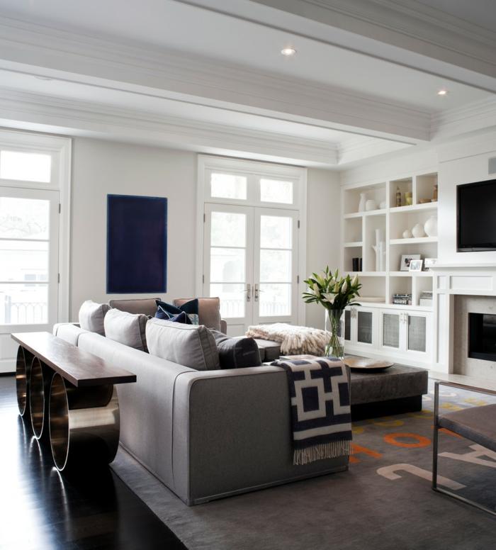einrichtungsideen wohnzimmer regale wohnzimmerteppich graues interieur