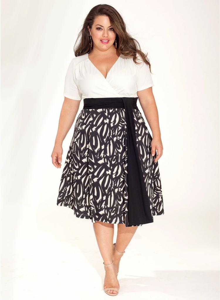 elegante Kleider in großen Größen schwarz weiß Muster mit Gürtel