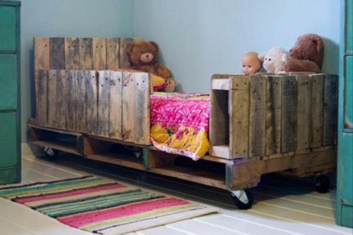 europaletten bett möbel kinderzimmer junge holzgestelle