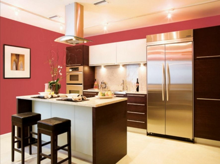 farbgestaltung-küche-gelbe-küche-einbauküche-rote-wand
