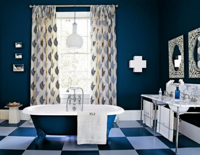 farbgestaltung wandgestaltung wanddesign badezimmer kobalt dunkel