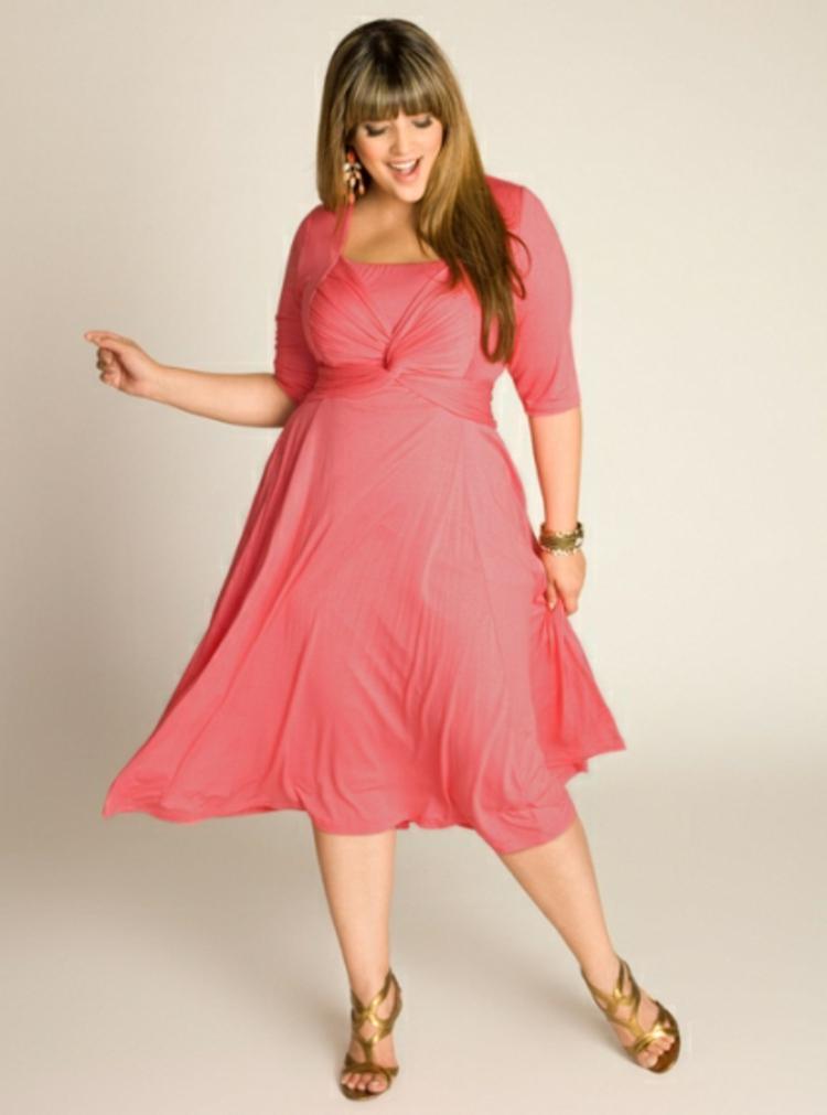 innovative design fe0e2 3632c Kleider in großen Größen: elegante Mode für kurvige Damen