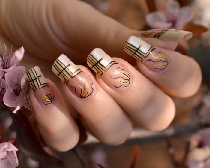 fingernägel design gelnägel gelmodellage frühlingsmuster weiß gold
