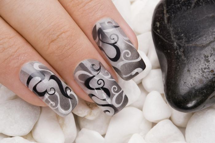 fingernägel design schwarz weiß grau wellen muster ranken