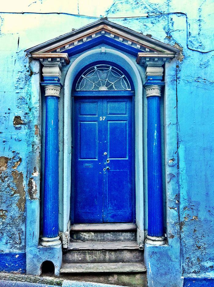 günstige Haustüren farbige gestalten moderne Haustüren in Blau