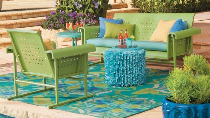 gartengestaltung ideen grüne sessel teppich gartenideen