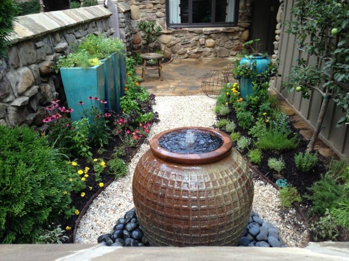 gartengestaltung ideen kies pflanzen springbrunnen