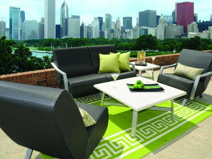 gartengestaltung ideen sessel gartenmöbel grüner teppich
