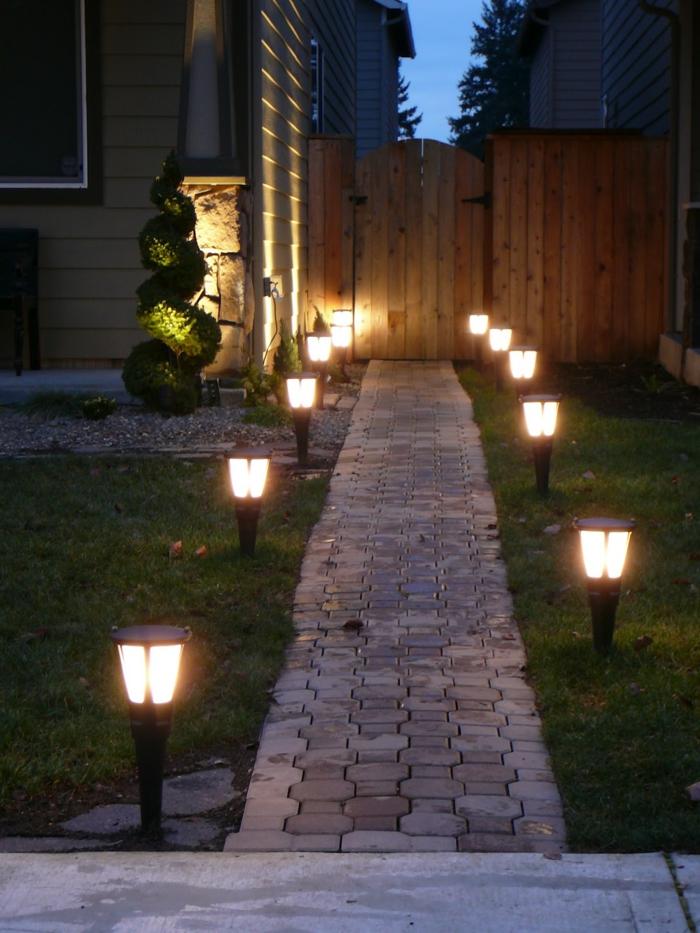 gartenideen beleuchtung gartenweg