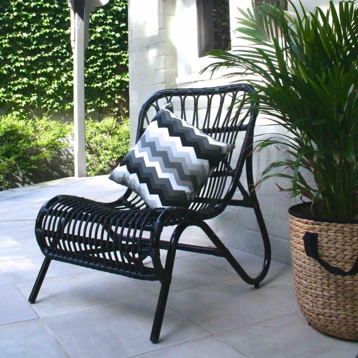 gartensessel komfortabel pflanzen gartenideen garten