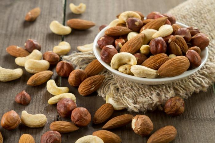 gesunde kohlenhydrate nüsse essen gesundheit tipps