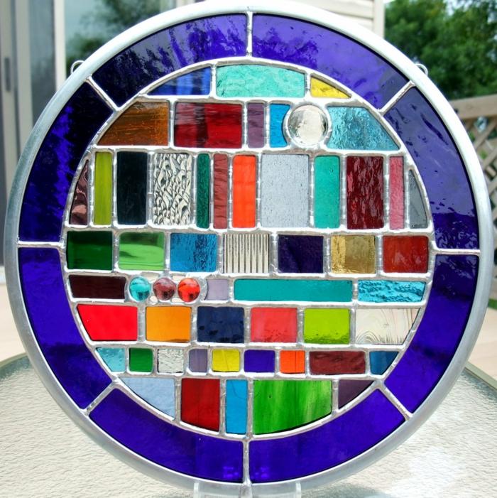 glas bemalen vitragen fenster geometrie kreis bunt