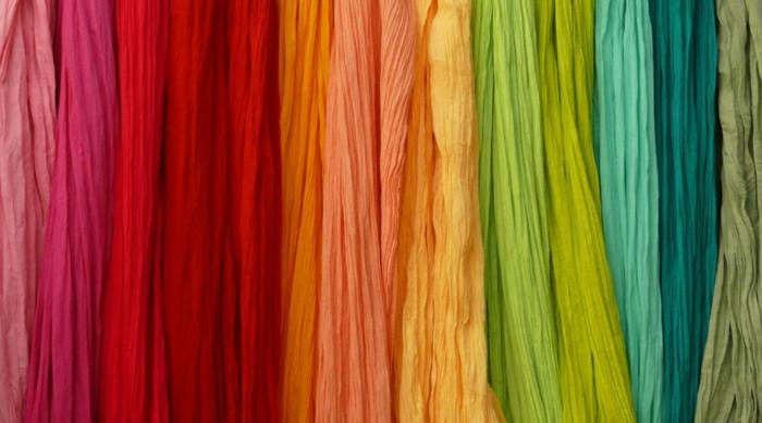 halstuch binden seide frühling varianten alle farben