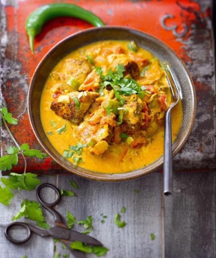 indische Gerichte mit Kurkuma indische Küche