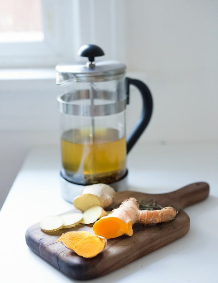 indische Gewürzmischung Kurkuma Tee zubereiten