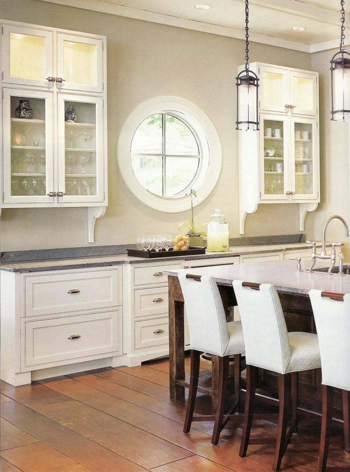 küche bodenbelag holz küchenideen weiße schränke