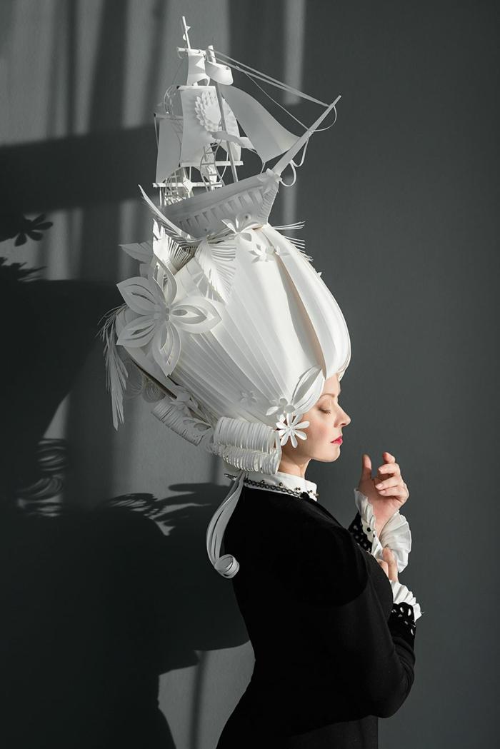 Karnevalskostüm faschingskostüm weiße perücke papier barock blumenmuster schif