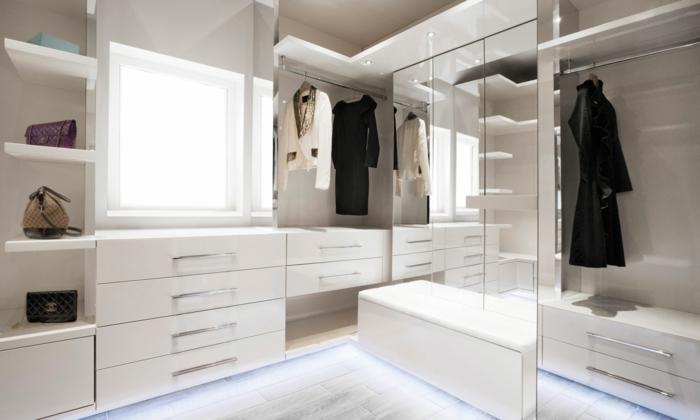 offener kleiderschrank 39 beispiele wie der. Black Bedroom Furniture Sets. Home Design Ideas