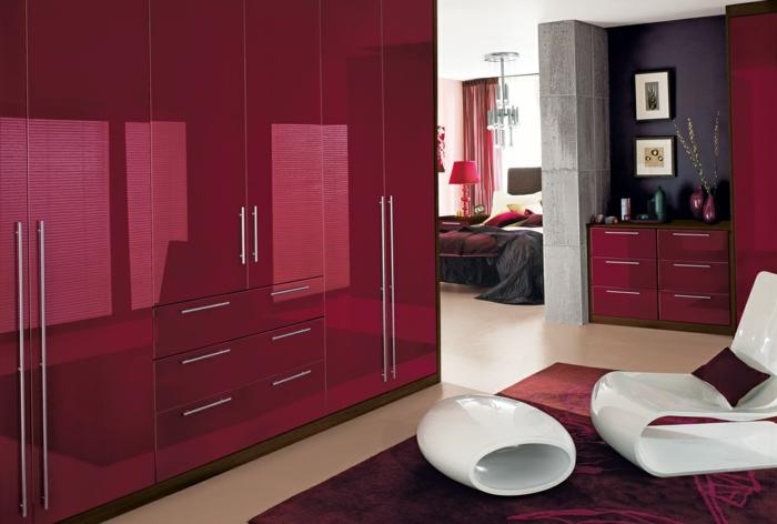 kleiderschrank design rot wohnideen schlafzimmer weiße möbel