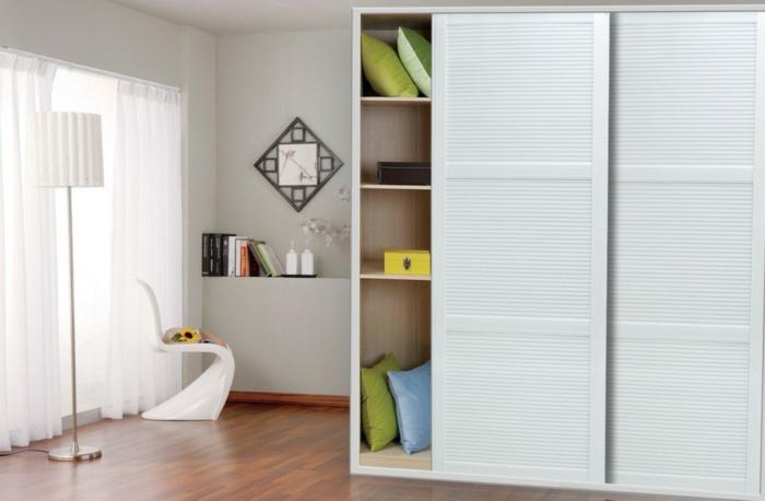 kleiderschrank design schiebetüren stauraum ideen schlafzimmer weiß