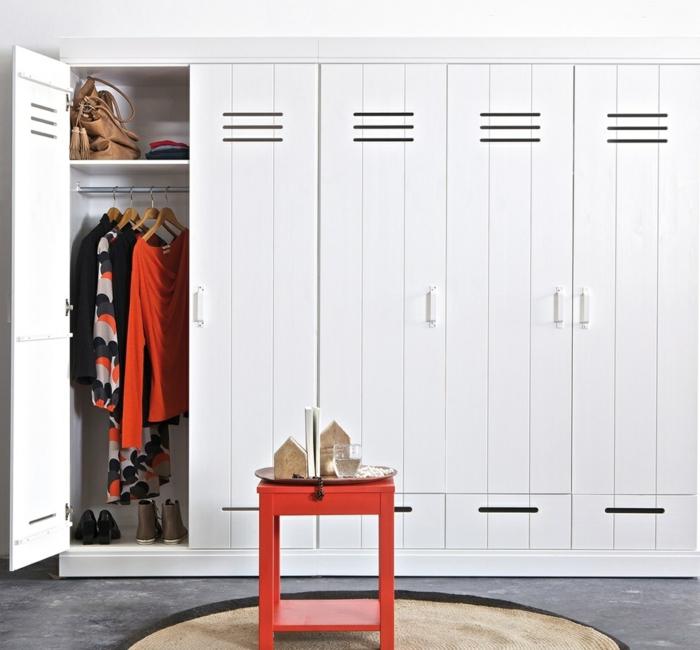 kleiderschrank design weiß massiv stauraum ideen schlafzimmer